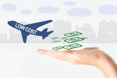 Five easy ways to reduce your travel costs